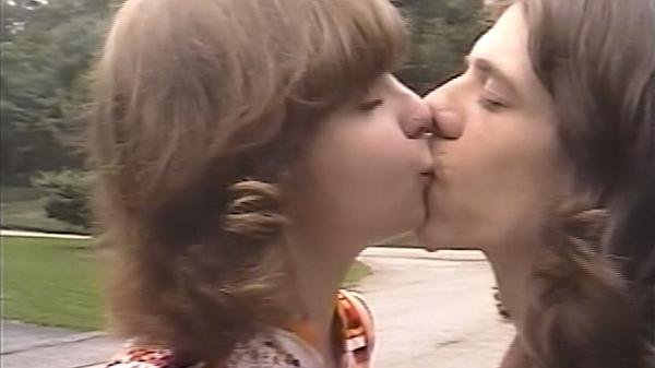 Vampire strangler kysser